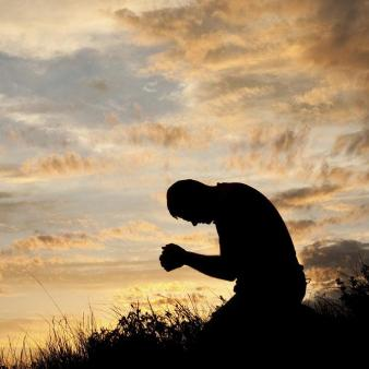Humble-Man-Praying