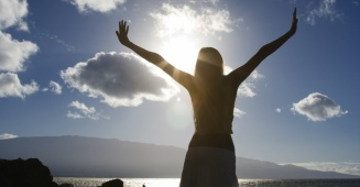 68.Woman_Praising_God